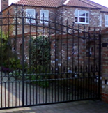 Automatic Swing Gates from Lincoln Metalcraft