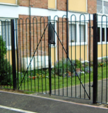 Commercial Swing Gate from Lincoln Metalcraft