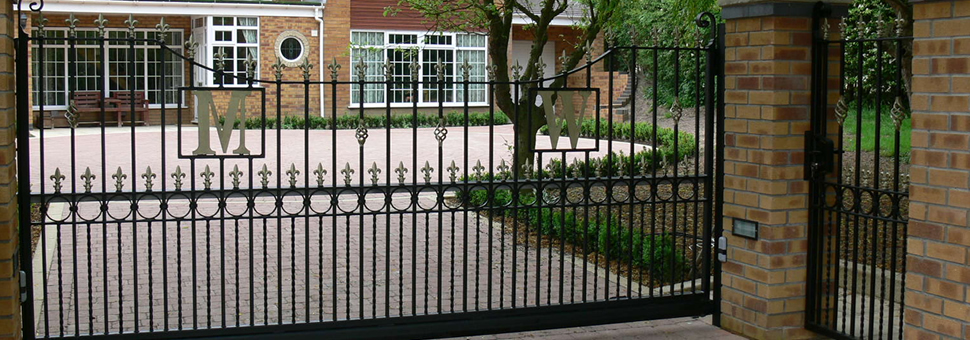 Electric Gate from Lincon Metalcraft